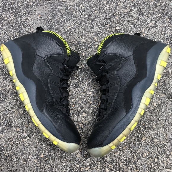 best website b17e6 9cdcf Air Jordan Retro 10 Venom Black And Green Size 12